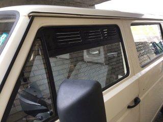VW T3 Frischluftgitter Fenster vorne Set